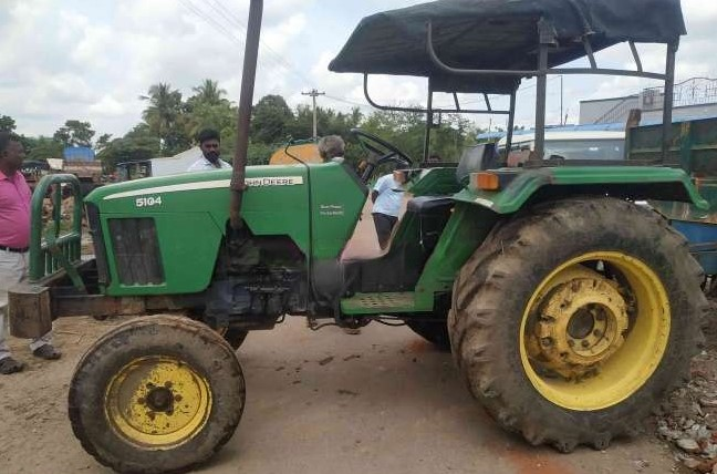 JD 5104 for sale india 1